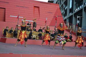gamelan_dananda_red_steps1