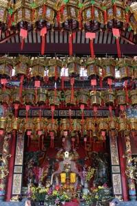 temple_lanterns