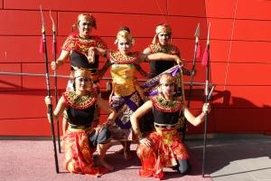 wirha_yudha_dancers