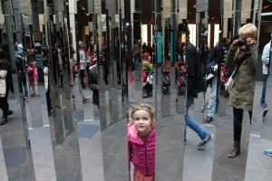 m_mirror_maze